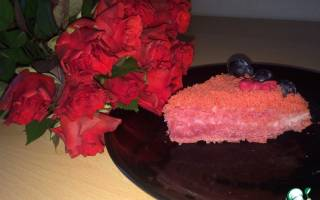 Малиновый розовый бархат изысканный крем для торта